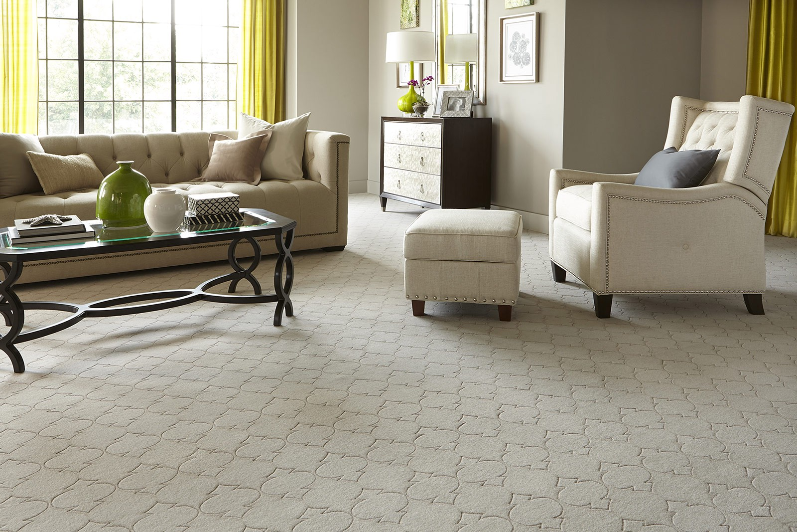 Area Rug vs. Wall to Wall Carpet for Home Decor