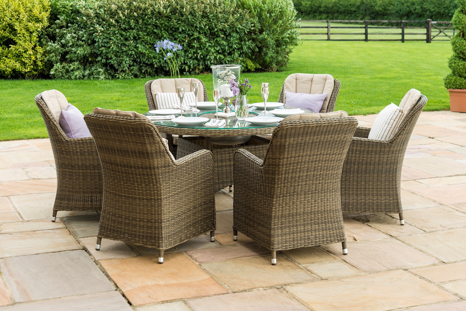 Winchester 6 Seat Round Ice Bucket With Venice Chairs and Lazy Susan & https://www.rattanfurniturefairy.co.uk/maze-rattan-winchester-6-seat ...