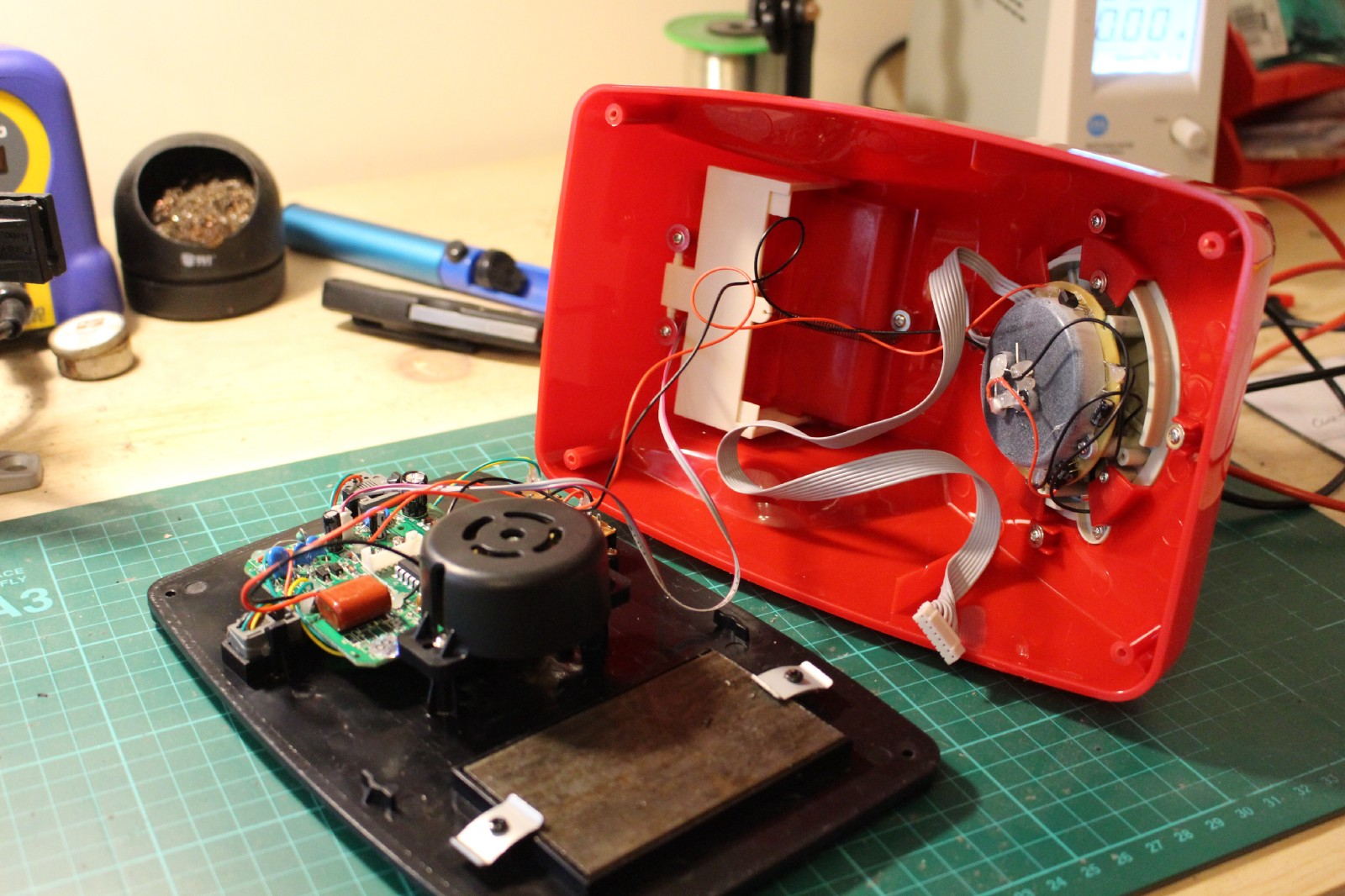 A Retro Rotary Phone Powered By Aiy Projects And The Raspberry Pi Telephone Wiring Connector Block Opening Up Gpo 746