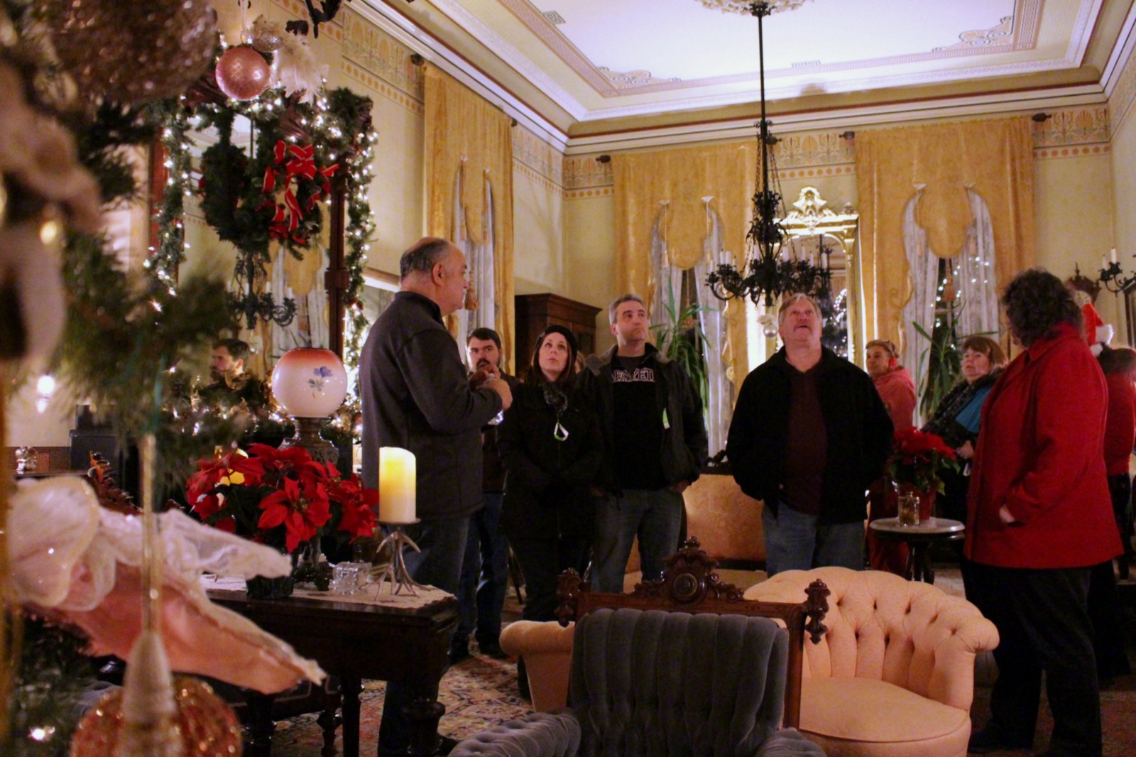 10 Tips For A Delightful 2017 Christmas Candlelight House Tour In