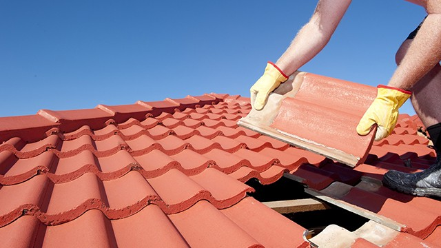 Get the Best Deal with Roofing Contractor Zephyr
