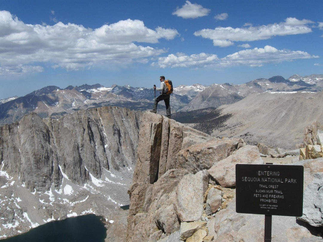 AMAZING 10 INCREDIBLE HIKING TRAILS TO TRY BEFORE YOU DIE