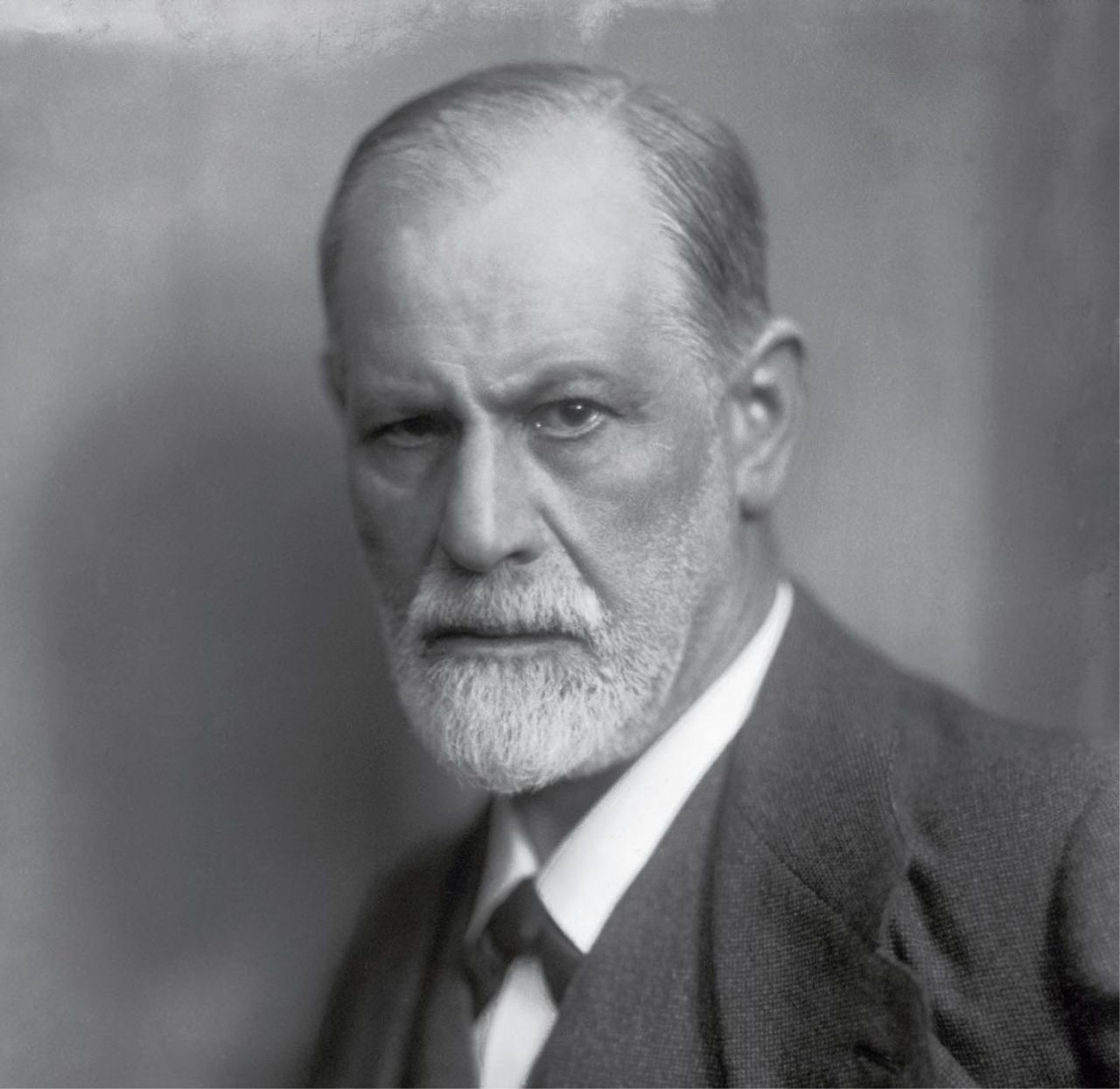 7 disturbing facts about Sigmund Freud