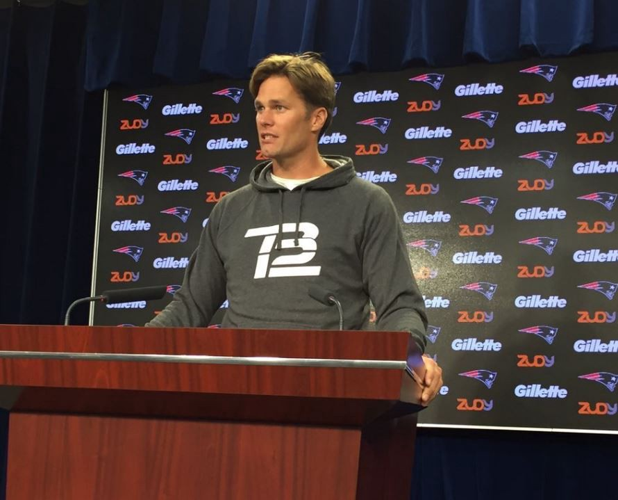 Will Tom Bradys New Haircut Bring Back The 90s Curtain Hairstyle