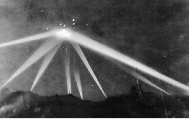 Shocking UFO Sighting That Left Victims Behind—Battle Of Los Angeles