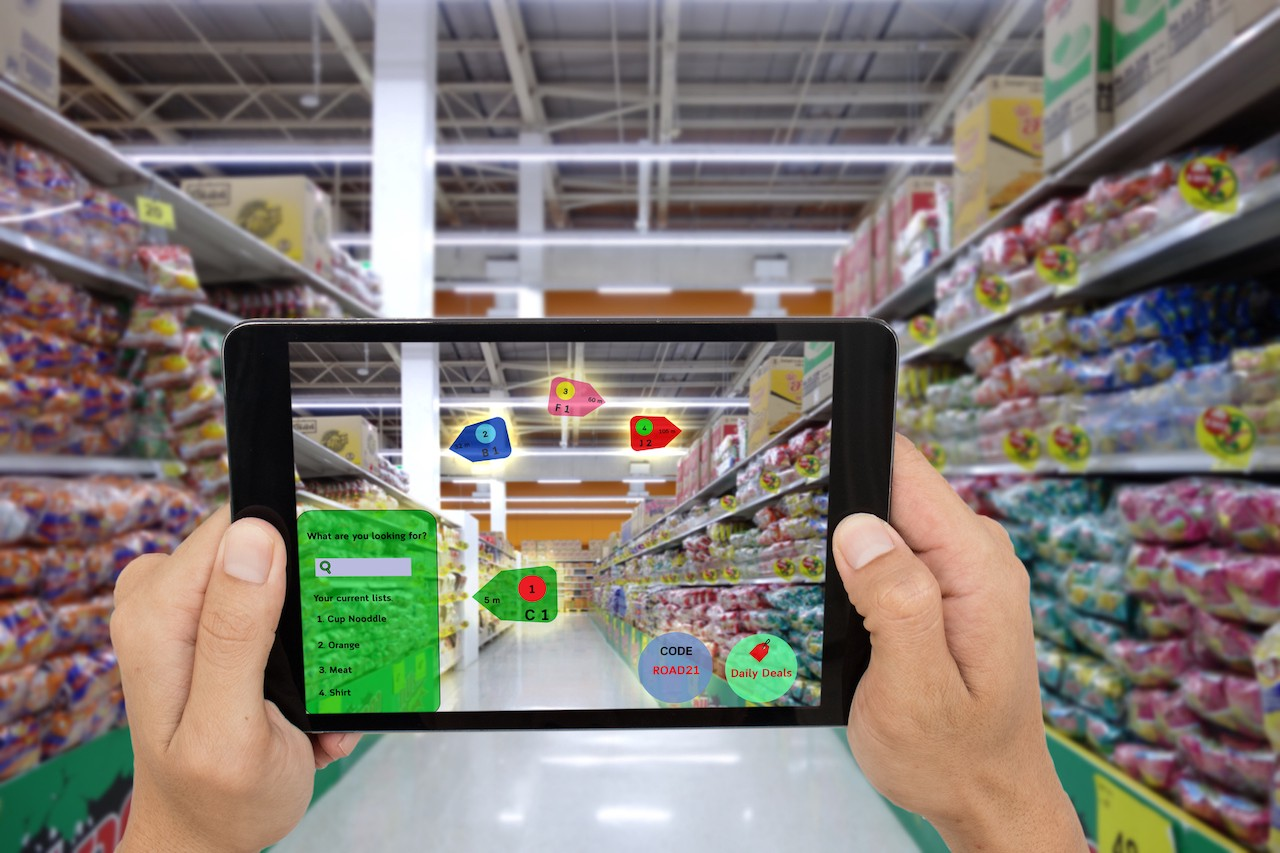 How Augmented Reality Is Disrupting The Retail Industry