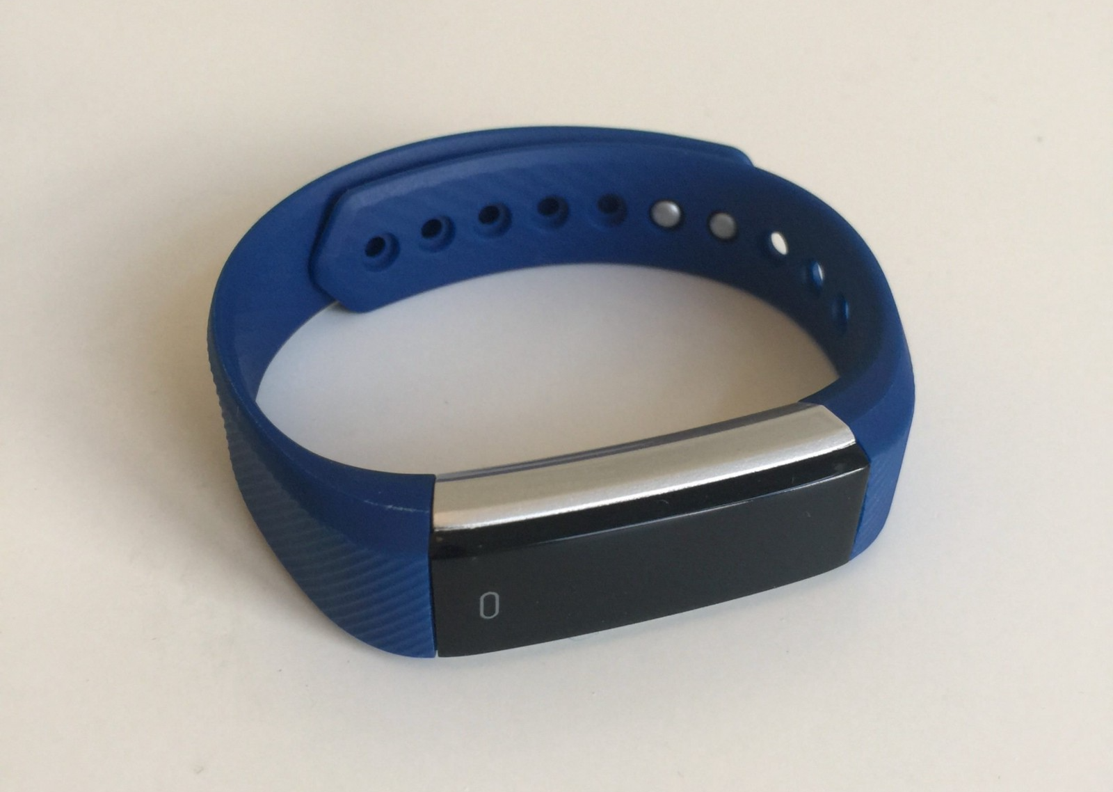 That S Exactly What Raphael Baron Has Done With His Incredible Work On Hacking A Fitness Tracker Bracelet