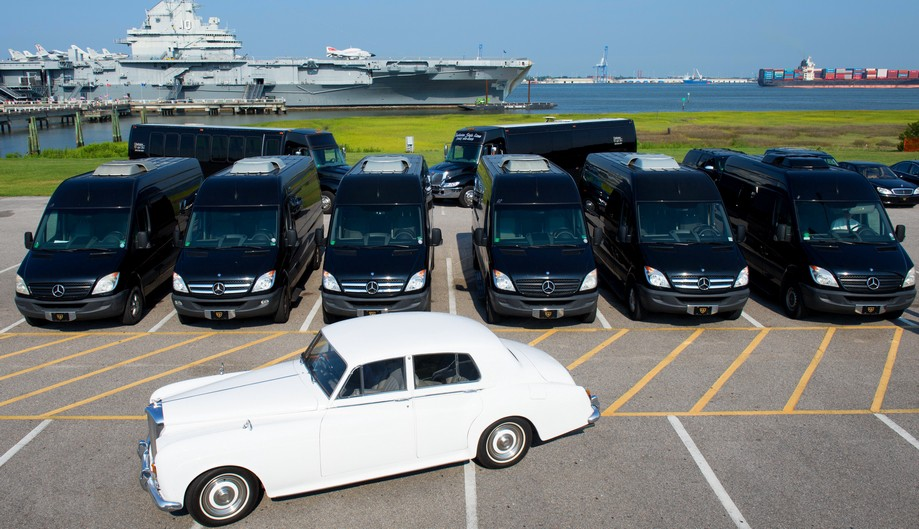 Find the Best and Quality Vintage Car Rental Company in Charleston