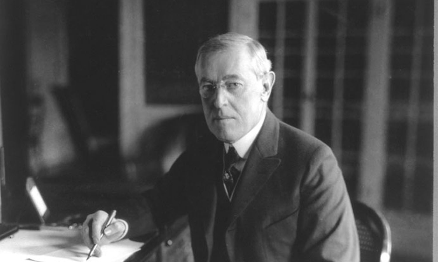 woodrow wilson the handicapped president of the united states President thomas woodrow wilson her health deteriorated quickly and by the summer of 1914 president wilson was united states involvement in ww1 wilson.