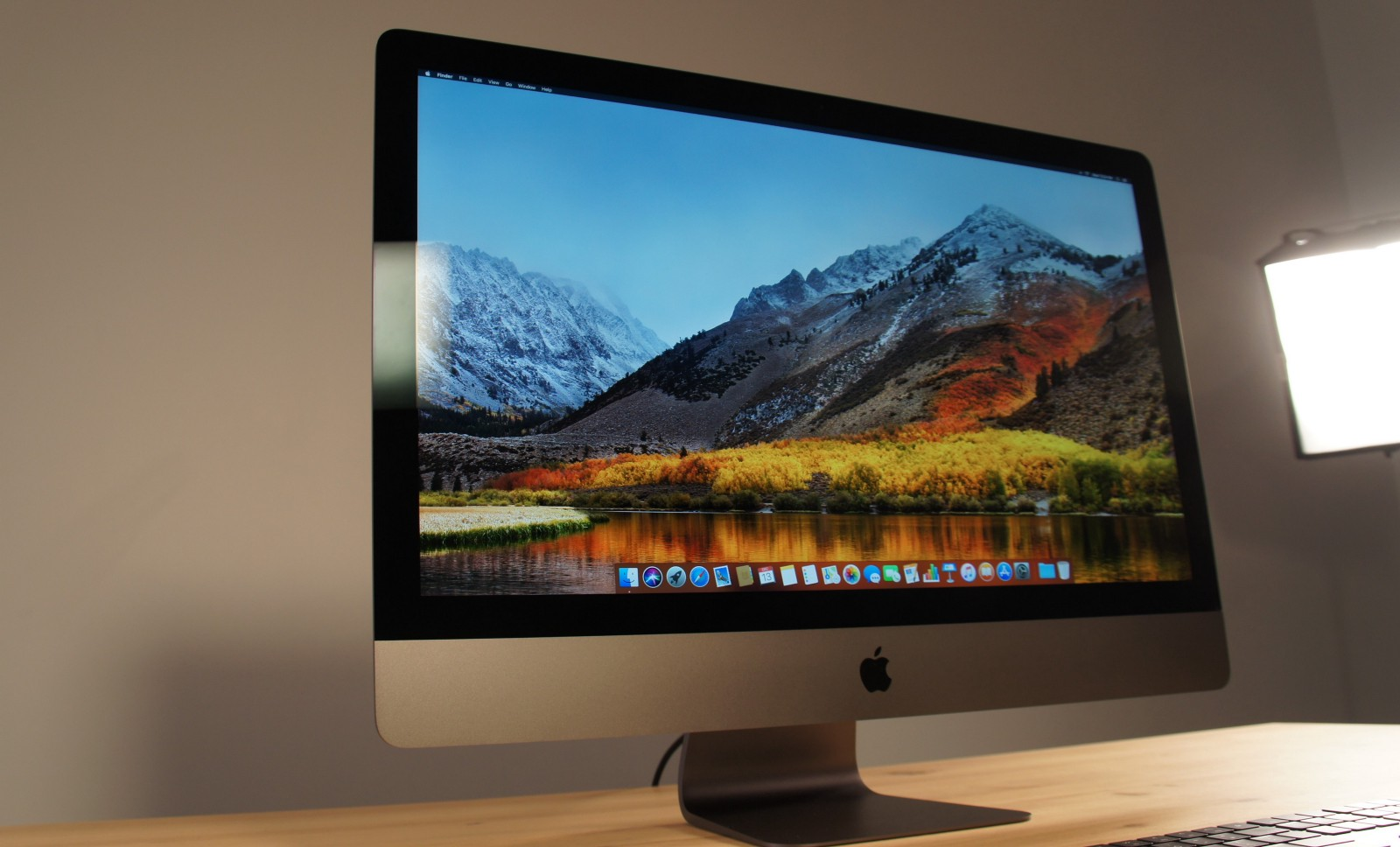 Yup Apple S Imac Pro Is A Processing Monster Lance