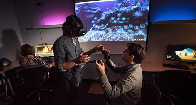 d1662bacdd14 One Northern Arizona University professor launched a lab a year ago for  organic chemistry students using virtual reality to help students  experiment