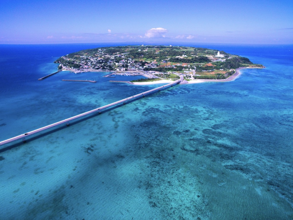The New Champion Of Beach Resort Okinawa Has No Shortage Tourist Attractions Warm Climate Throughout Year White And Emerald Green Beaches