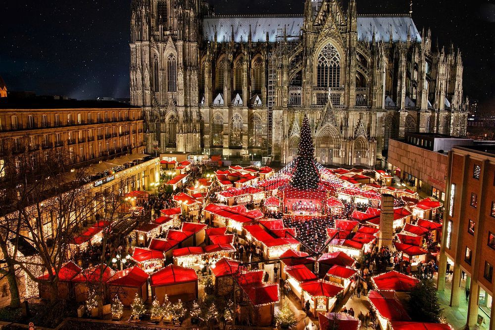 5 Travel Ideas for a Fairytale Christmas in Europe