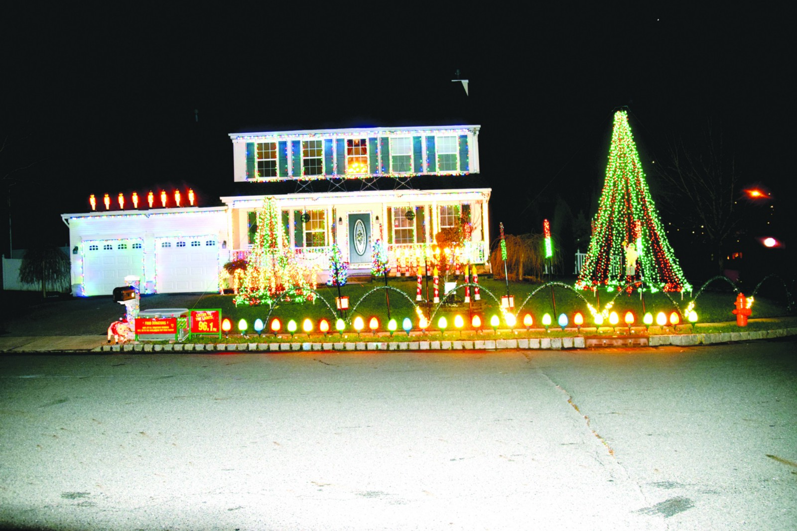 burlington township family lights up house for the holidays with 30000 lights