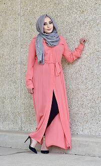 Buying Women S Clothing From Online Islamic Clothing Stores Is The