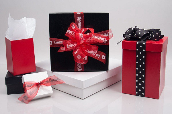 Top four benefits of using custom gift boxes courtney warner medium second advantage of using custom gift boxes negle Images