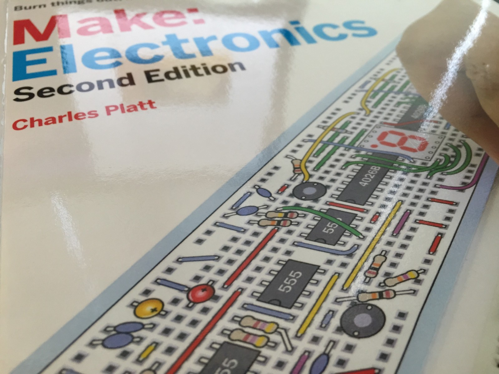 Make Electronics Adventures In Medium Electronically Designed Dice Game Circuit By Lm555 The Book Can Be Divided Into Three Parts Of Roughly Equal Length First Kit Correspond To Two Chapters