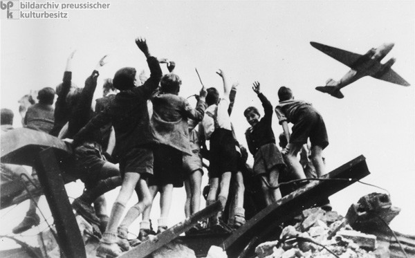 causes of the berlin blockade