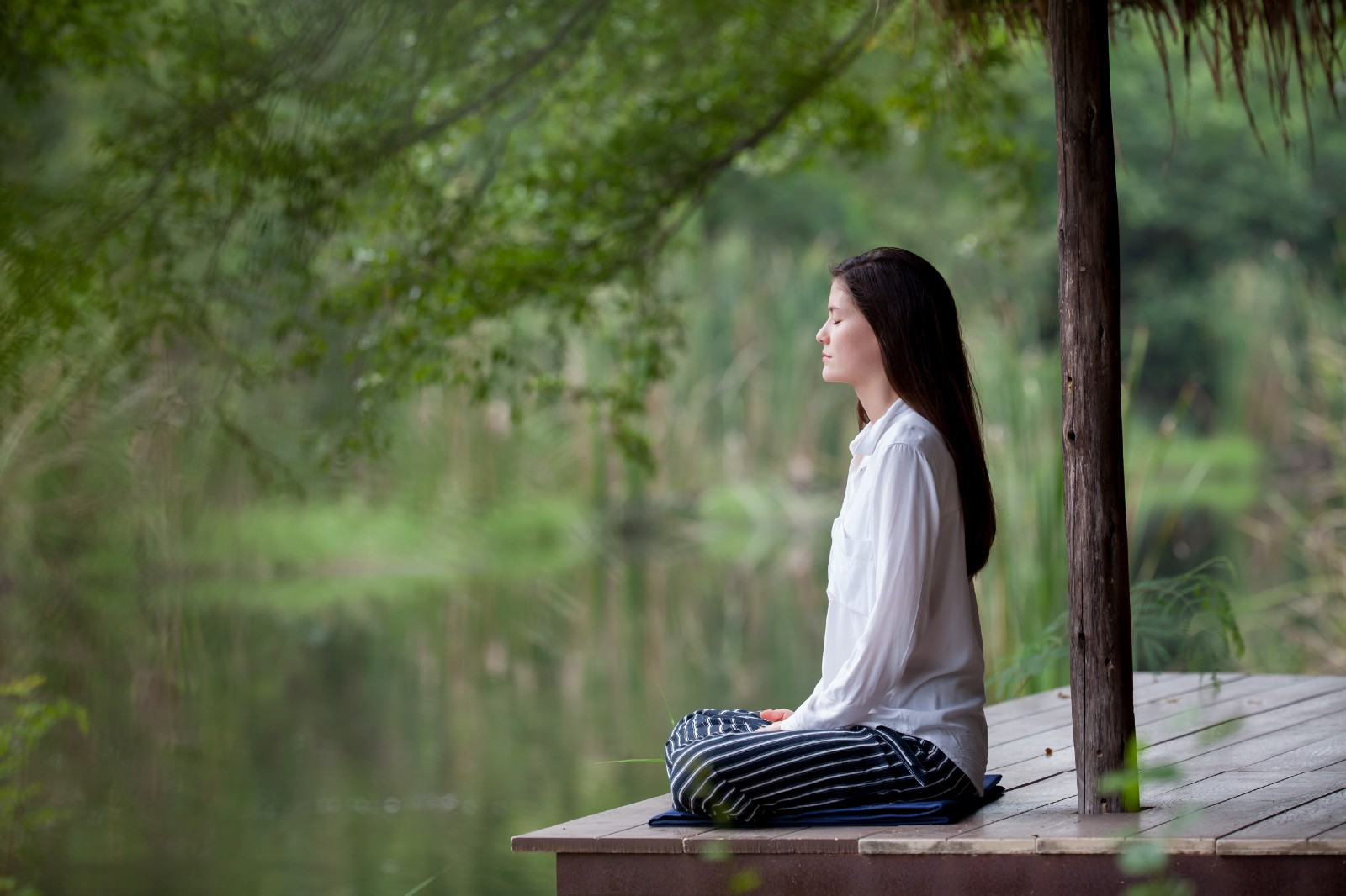 3 Reasons Why meditating is absolutely essential for your life!