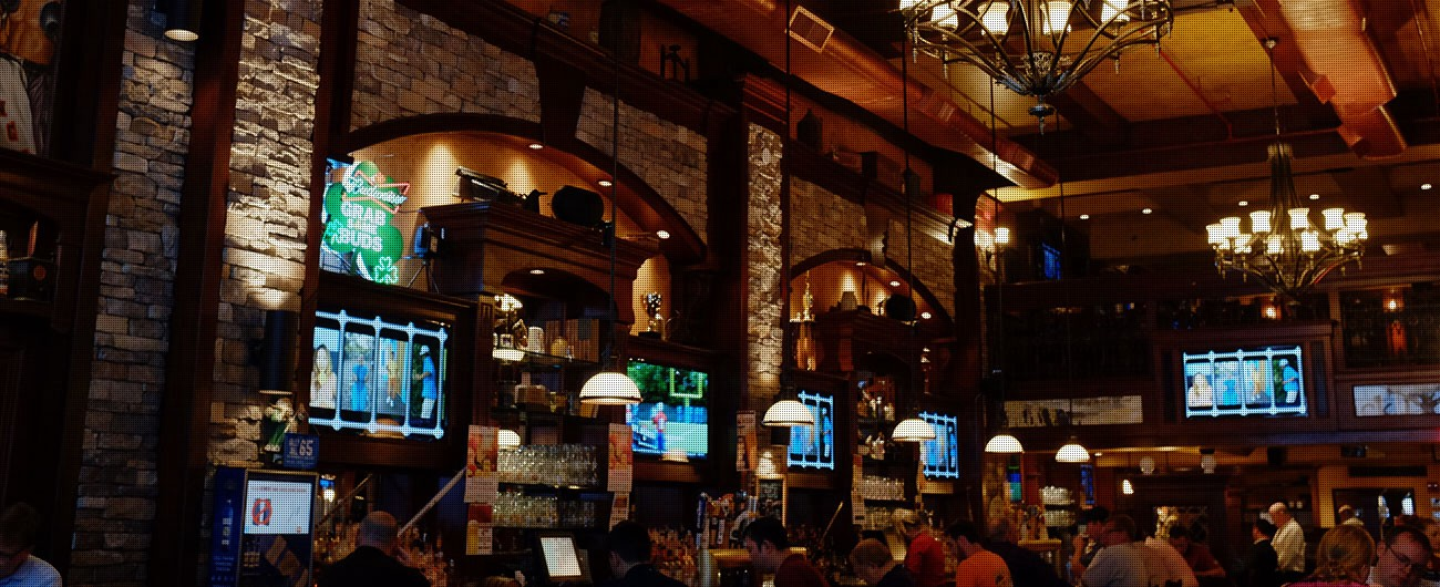 Irish pub madison square garden garden ftempo for Best restaurants near madison square garden