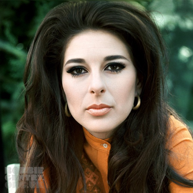 Bobbie Gentry's archivist explores colossal 'Girl from ...