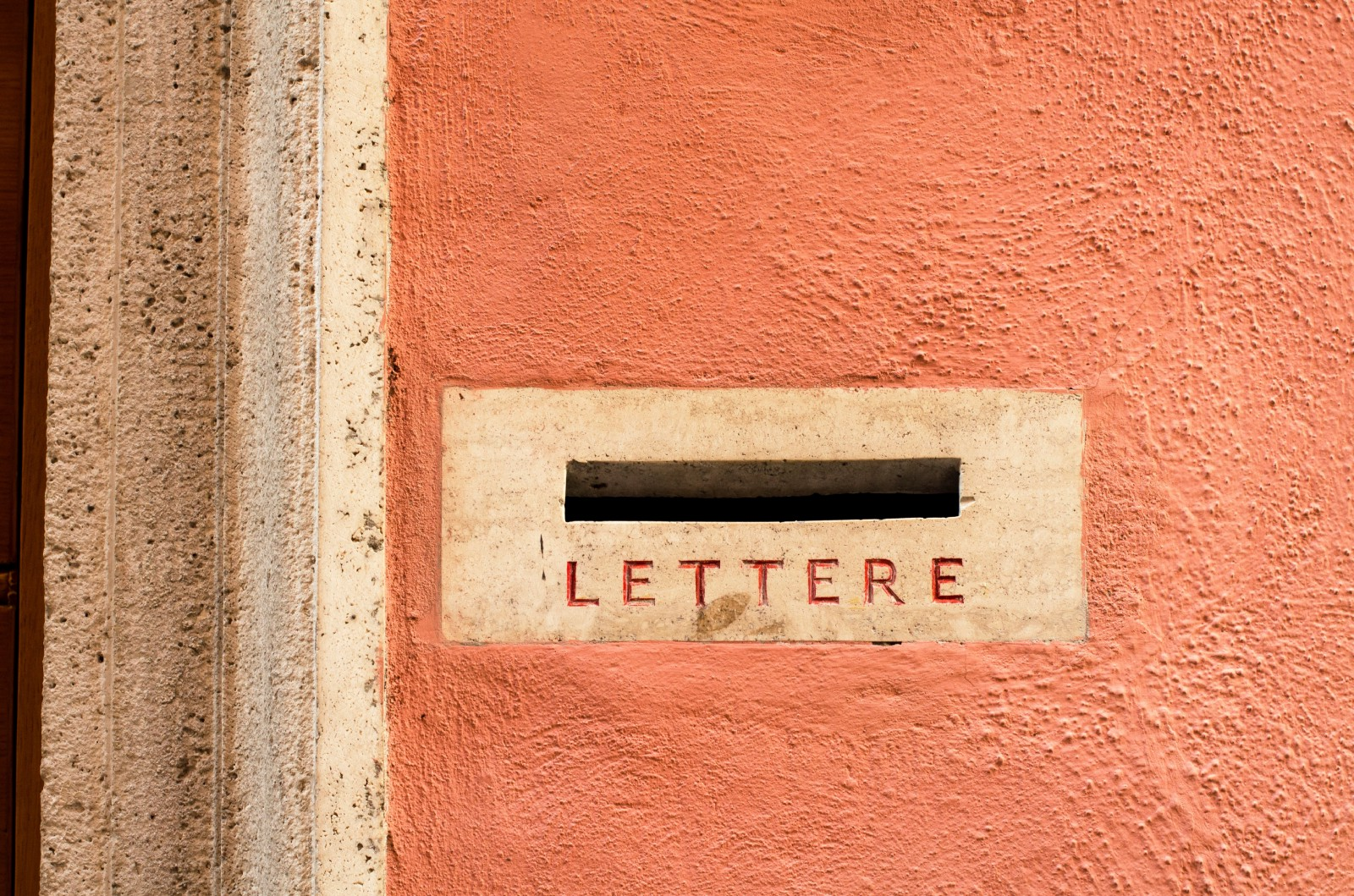 How To Write A  Sales Letter That Sells At All Times Of The Day