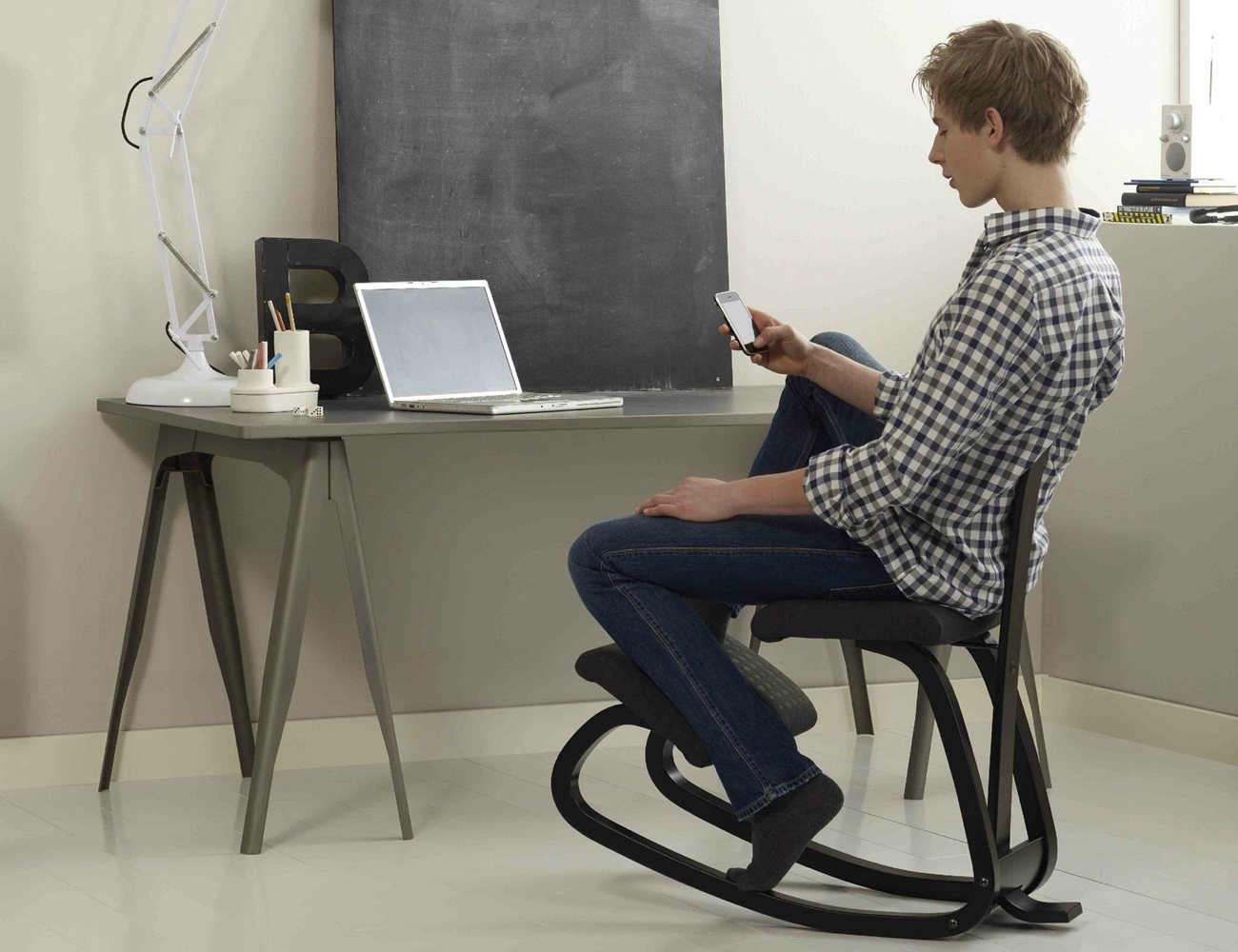10 Comfy Work Chairs For A Productive Work Life Gadget Flow Medium