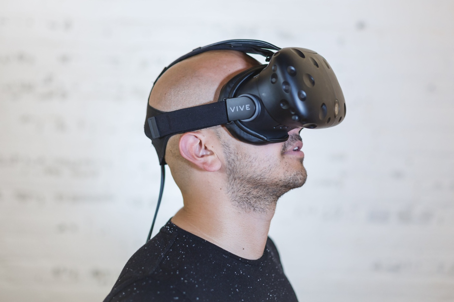 virtual reality physical therapy