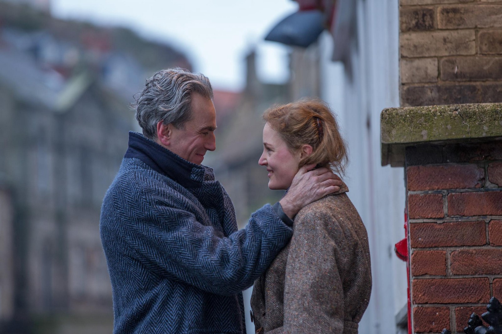 37cef4645904 The Deadly Beautiful 'Phantom Thread' is Why We Need Daniel Day-Lewis