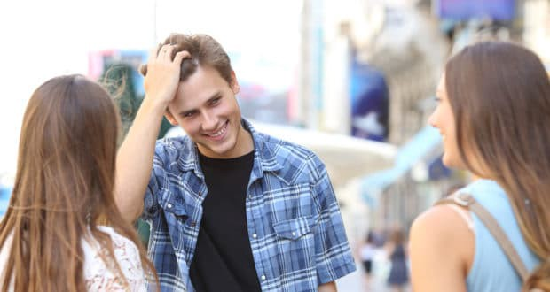 8 Ways How To Know If Someone Is Attracted To Me