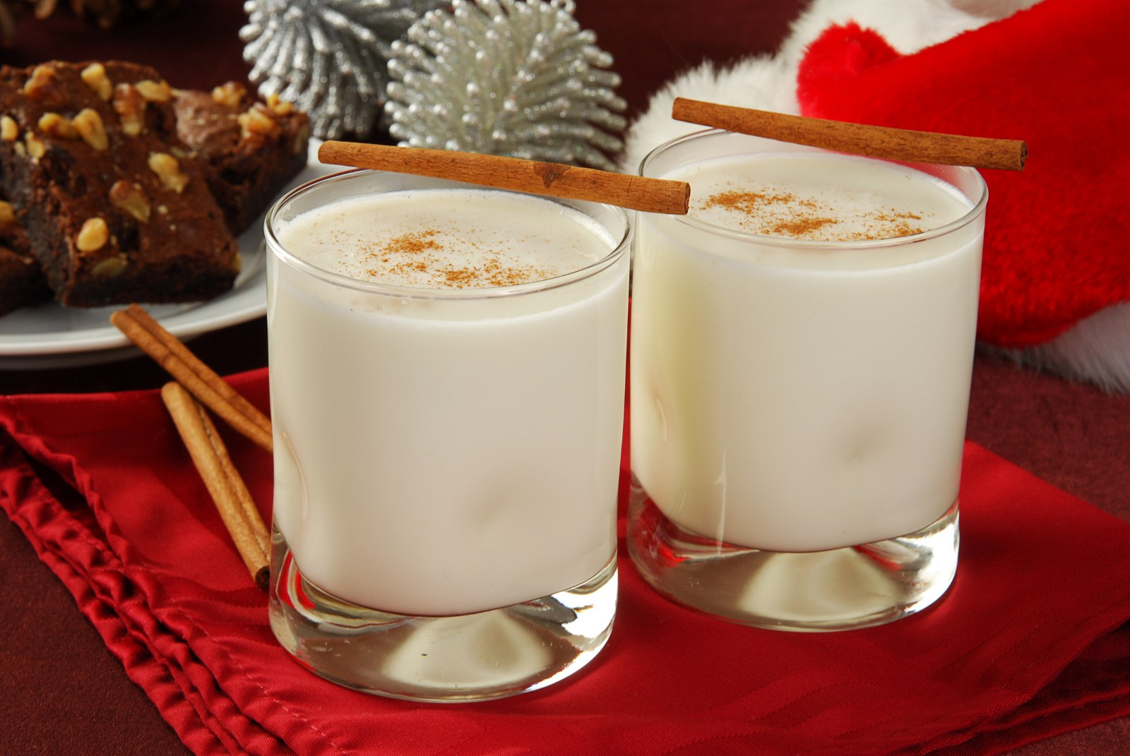 Toffee Nut Latte & Eggnog |My favorite Christmas drinks in StarBacks
