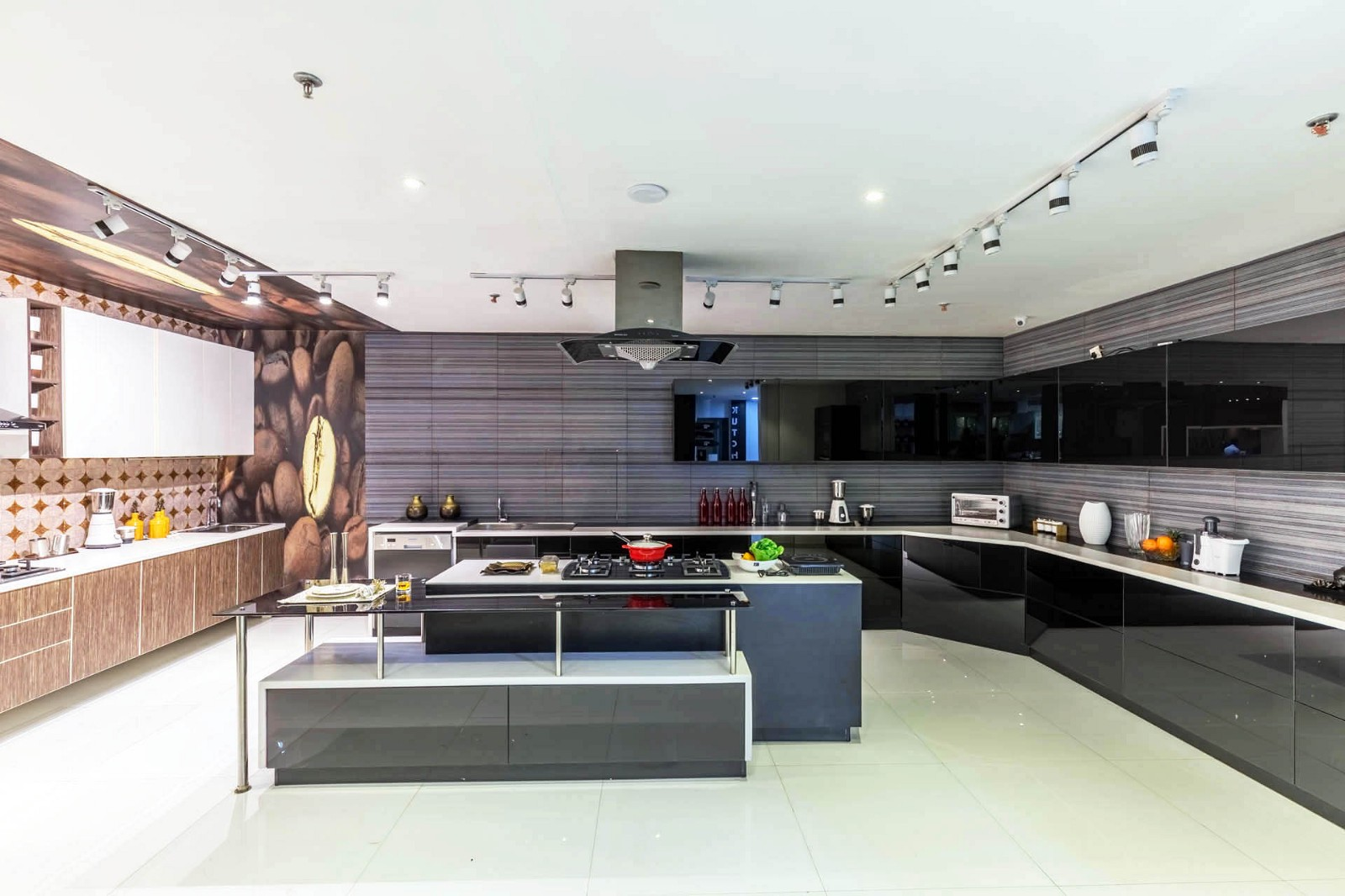 Latest Budget Kitchens Online India — Designing A Budget Friendly ...