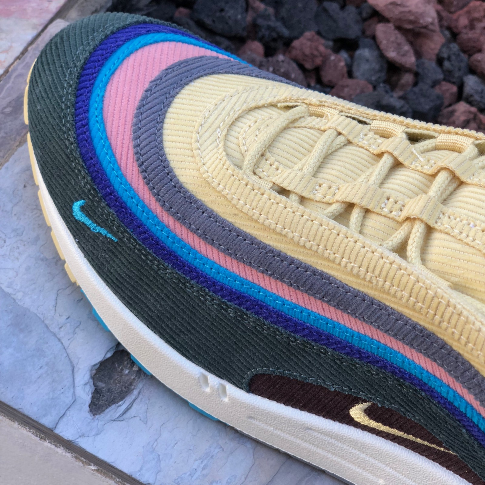 pretty nice 892cd 0318d The upper of the shoe is taken from the Air Max 97 s design. The order of the  colors go from brown, dark green, dark blue, baby blue, pink, grey, ...