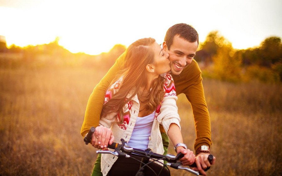 Five Ways Mindfulness Makes Your Relationship Happier