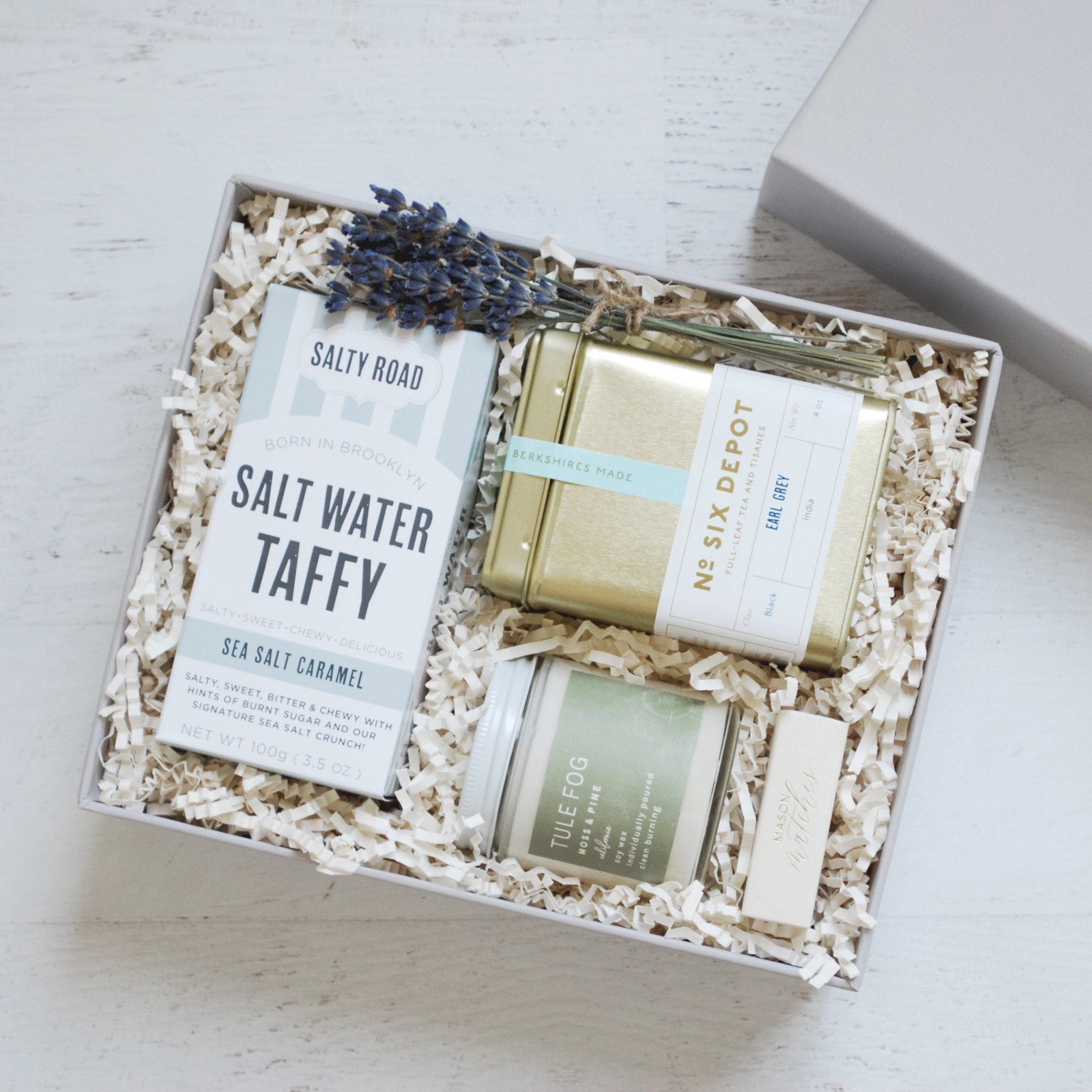 Mason & Market is the perfect way to send personalized gift boxes for any occasion