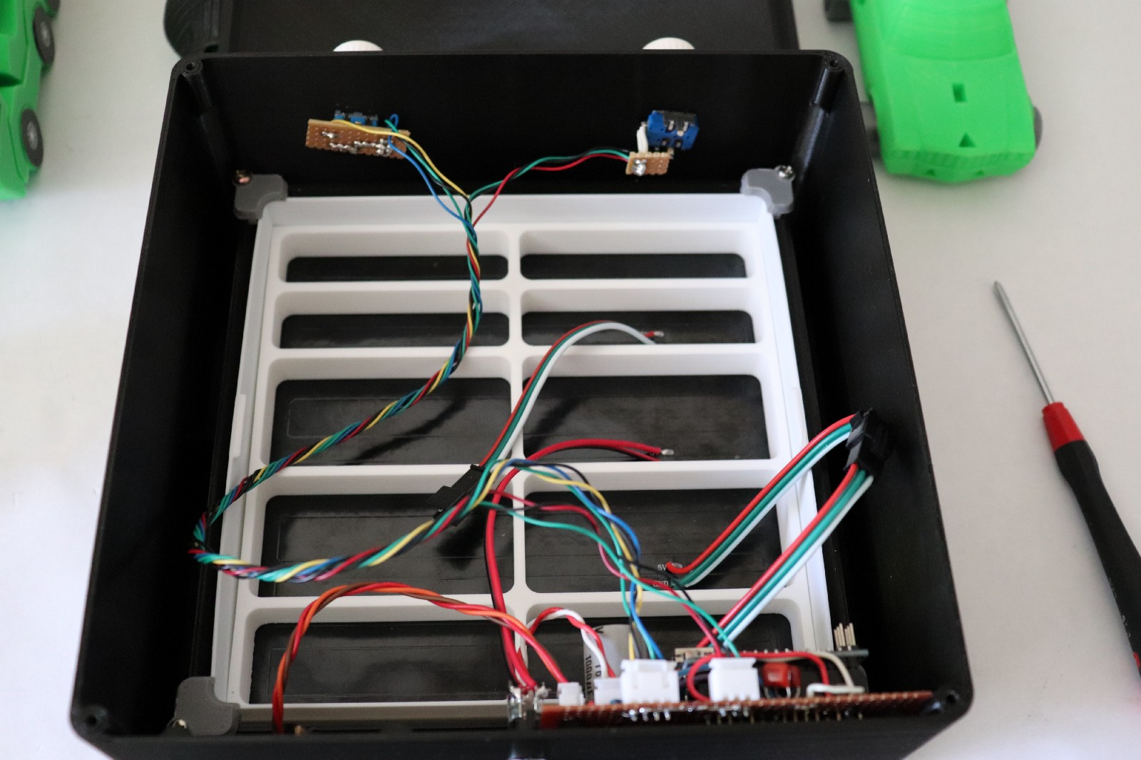 Keep Your Baby Entertained With Arduino Powered Led Matrix Wiring Two Potentiometers In Series Workinghards Code Those Controls Do Things The Potentiometer Brightness And Rotary Encoder Changes Channel