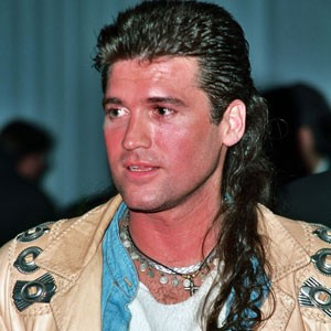 7 reasons why the mullet needs to make a comeback exit 13 medium to quote a song by billy rays daughter from the days when she wore a wig on tv every week a mullet truly is the best of both worlds urmus Images