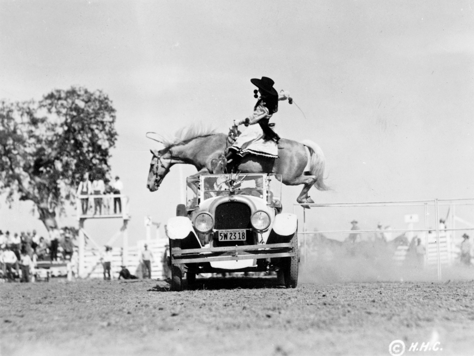 Photos: The Marlboro Man has nothing on these pioneering cowgirls
