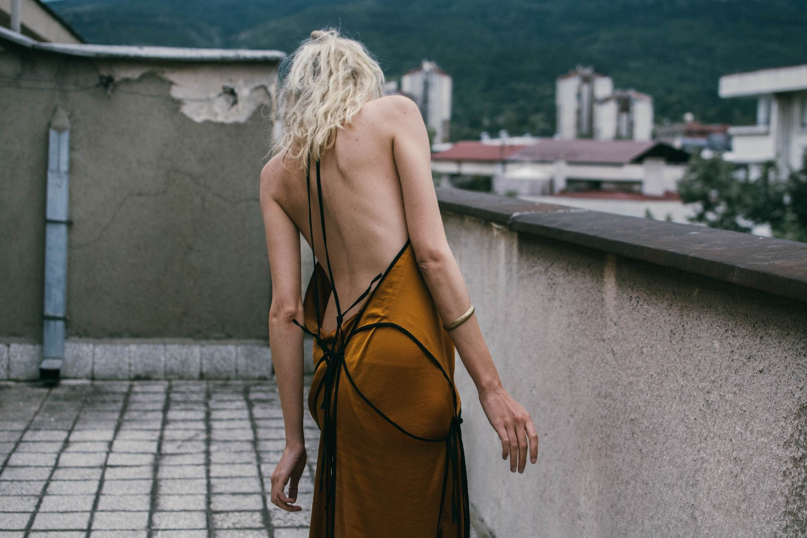 Bareback slip on maxi golden dress