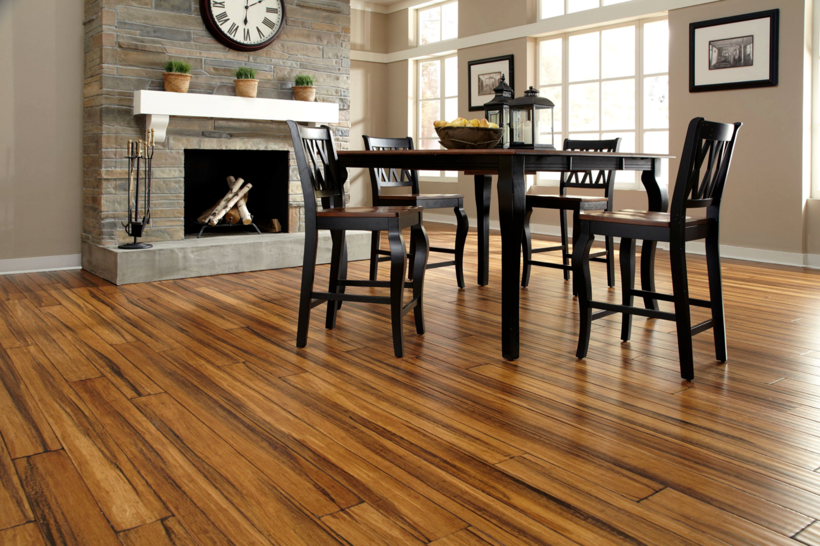 ... one of the most favorite and widely used among people who looking for an affordable beautiful and lasting material is the laminate flooring. & Top 5 Reasons Why Laminate Flooring Is a Great Choice For Your Floor