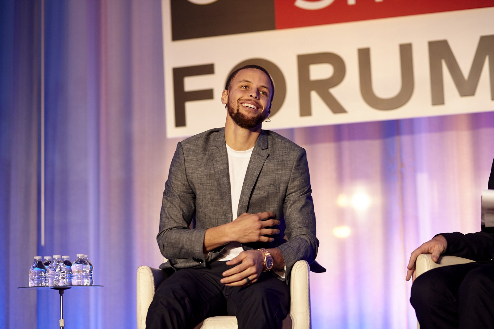 Steph Curry: You Win When Everyone Touches the Ball