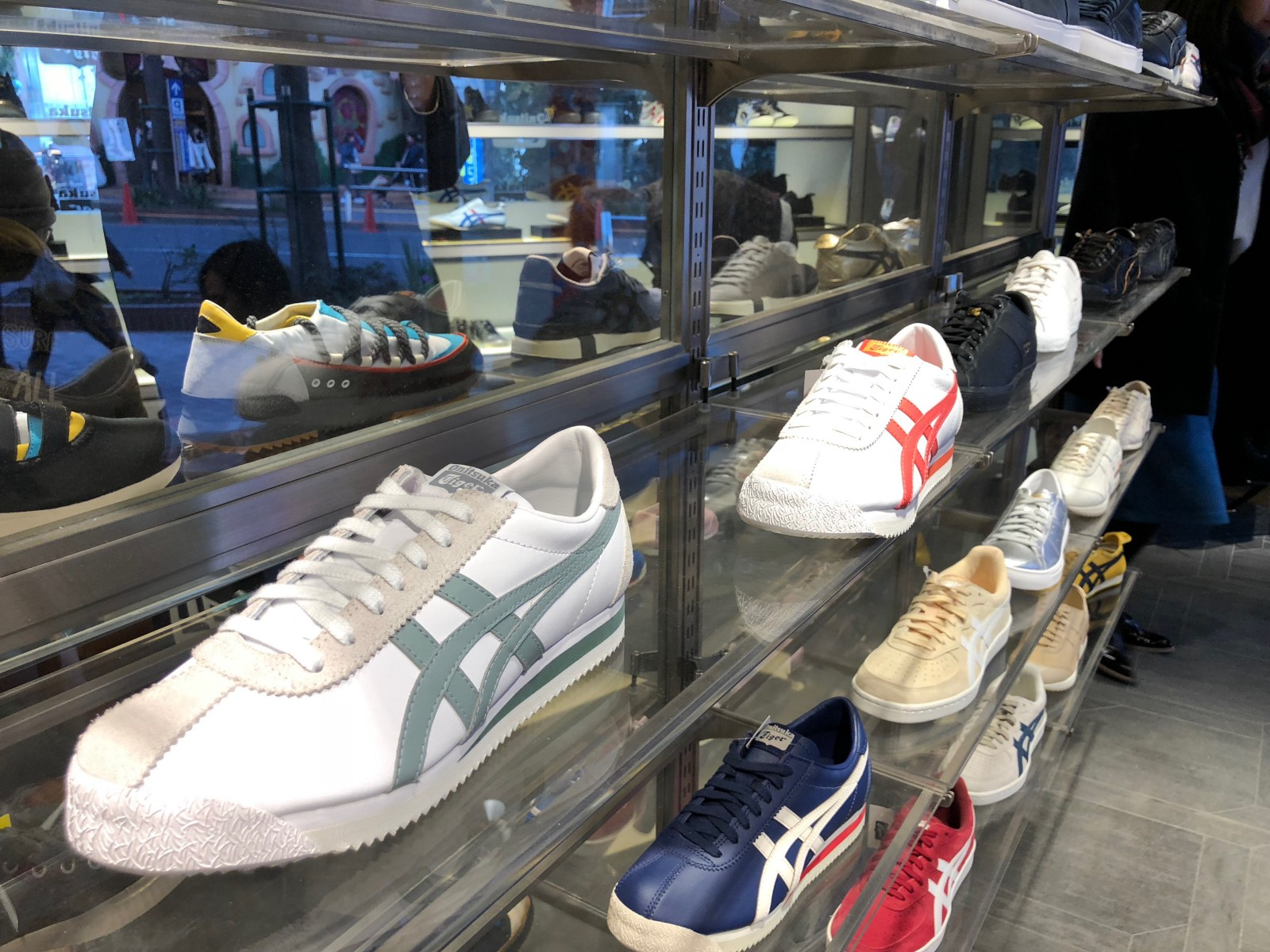 dfac0c2ea98b5b In 2015 Onitsuka Tiger Shibuya opened in the center of Shibuya as the 2nd  largest Onitsuka Tiger store. You may get Japan limited models of Onitsuka  Tiger ...