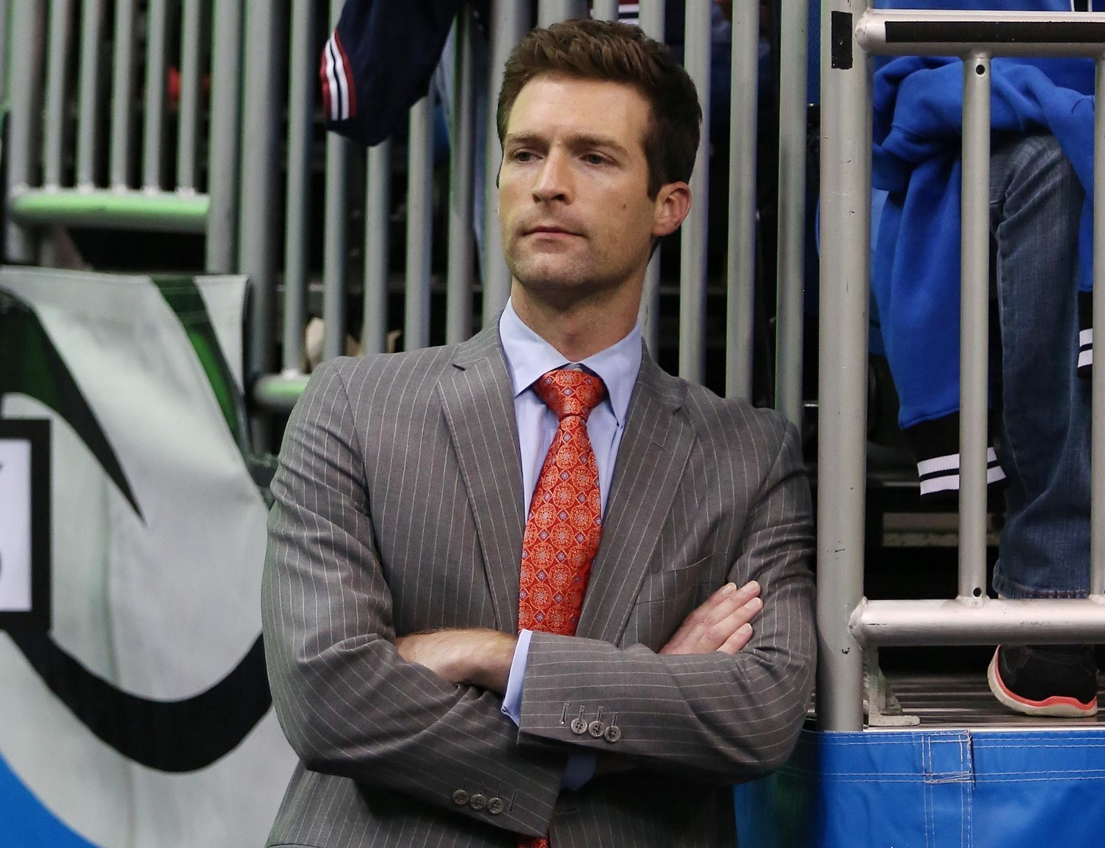 758c5619614 Hennigan contemplates his basketball decisions over the past five seasons.