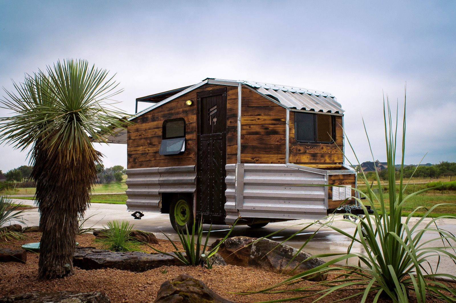 5 Diy Plans To Build A Ious Modern Tiny Home