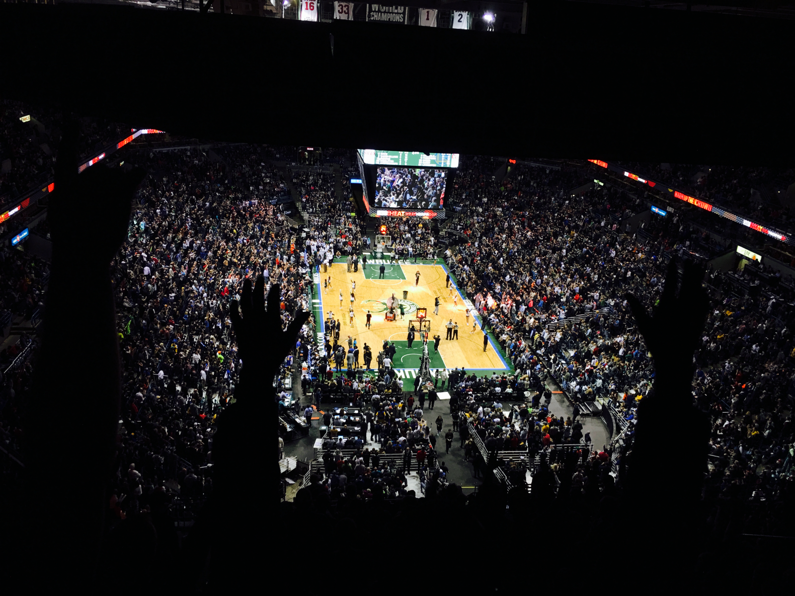 Bucks beat the Warriors at the Bradley Center. I was there.