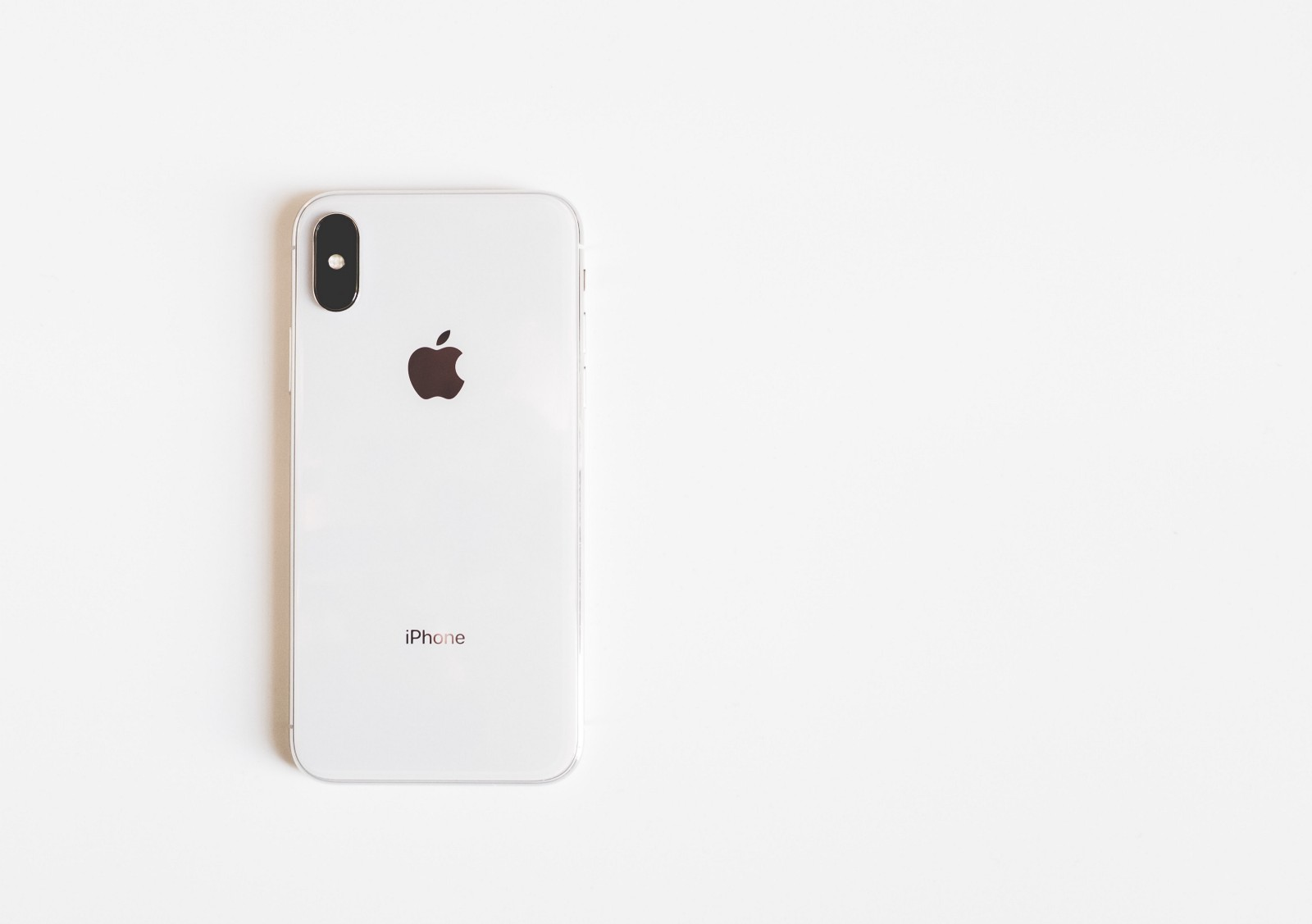 A Minimalist Phone That Will Make You Smarter