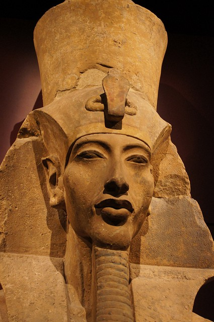 why did hatshepsut become king history essay Merira-hatshepset, hatshepsut's second daughter, became the wife of thuthmose iii, and married him just before or during his coronation after thuthmose ii died little else is known about her, other than she may have been the mother of amenhotep ii.
