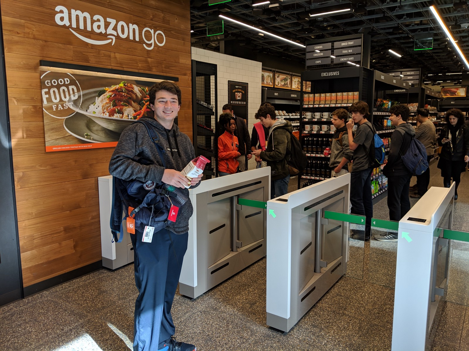 Shoplifting-esque experience at the AmazonGo store