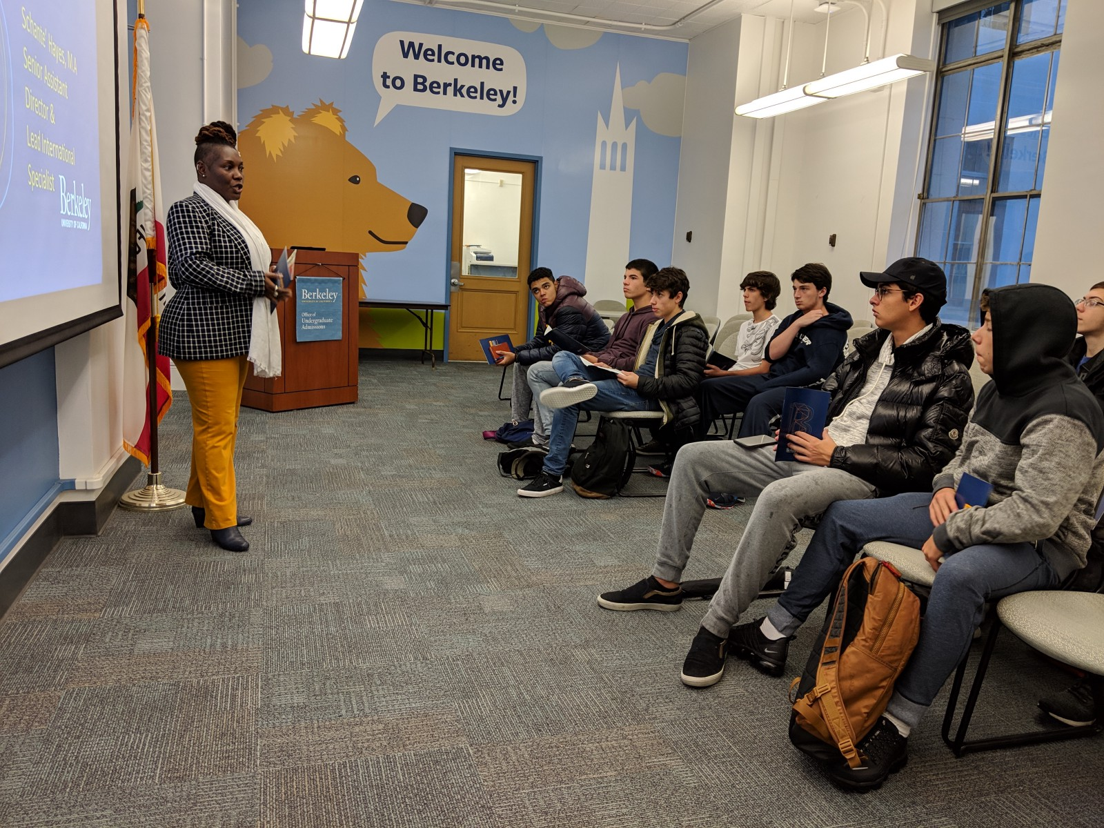 Schanté Hayes, head of international admissions at Berkeley, talking to our Winter 19' cohort