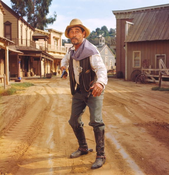 Dennis Dillon Dodge >> Get outta Dodge — Toasting 'Gunsmoke,' TV's most critically acclaimed Western